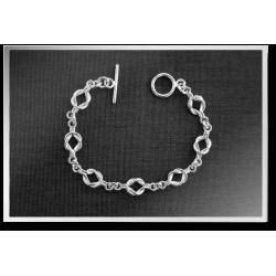 Forget-Me-Knot Bracelet